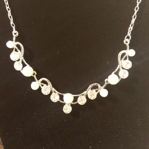 Faux Pearl Long Drop Tie Knot White Bead Necklace bOyW95CcHQ